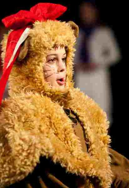 A Christmas Wizard of Oz Musical for Kids!