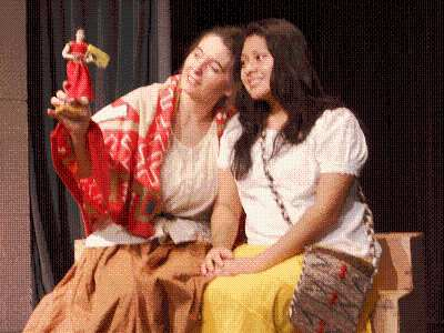 The Legend of the Tourble Dolls - Touring Plays for Kids!