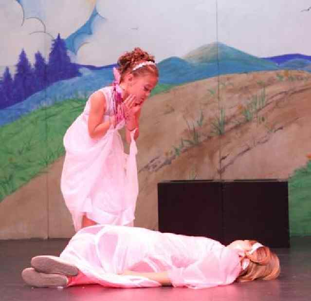 Fairy Tale Musicals for Kids!  Sleeping Beauty!