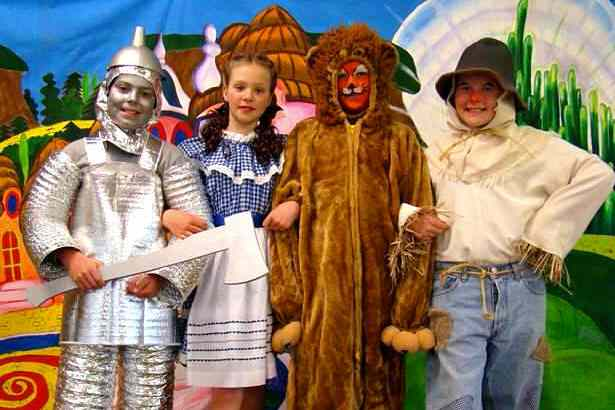 Christmas Musical for Kids to Perform - A Christmas Wizard of Oz